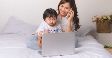 The-mom-manager-balance-How-to-be-both-at-home